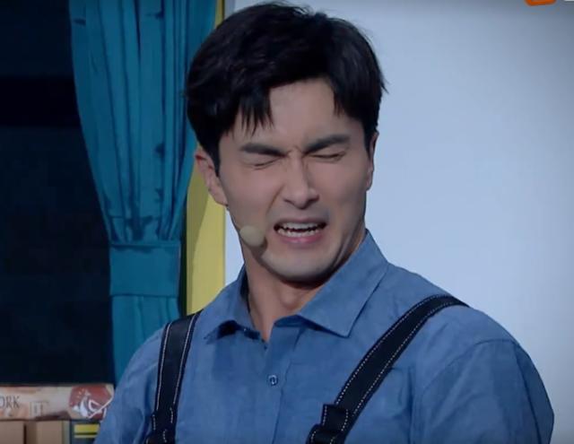 高伟光代表公司表演,杨幂看到后走心评价,失望的样子好真实
