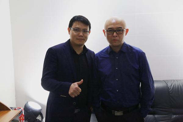 明星代言公司力荐知名主持人孟飞主持第十五届广州世界轿车博览会开幕式